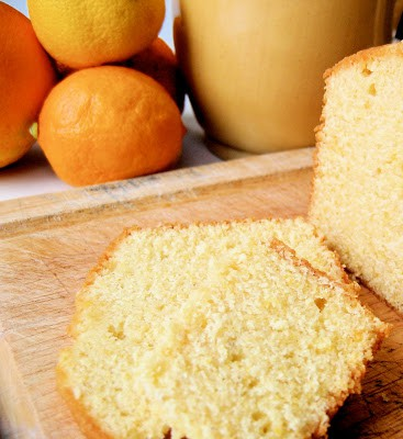 slice of poundcake on a bread board