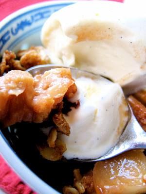 spoonful of apple crisp