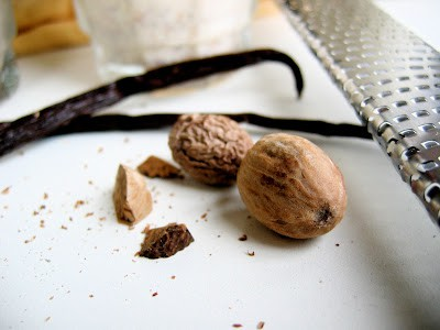 nutmeg and vanilla pods