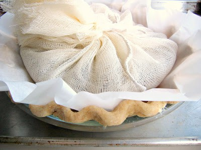 pie crust in tin