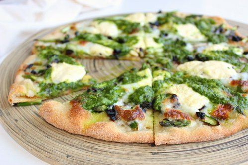 slices of pesto pizza