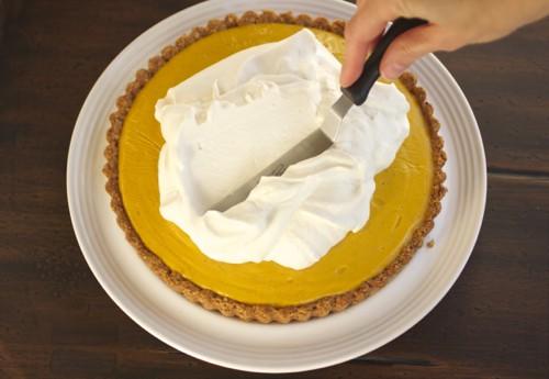 whipped cream on pumpkin tart