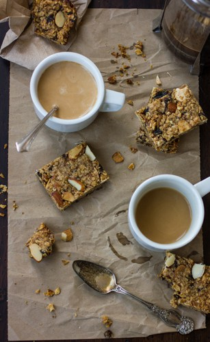 breakfast bars with cups of tea