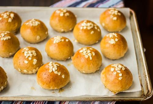 tray of honey oat beer buns