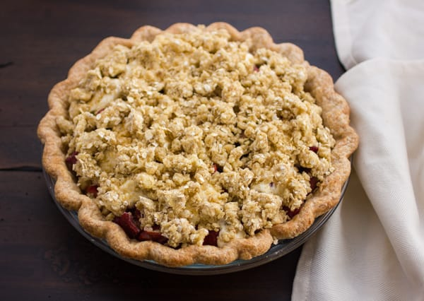 crumble pie in a pie dish