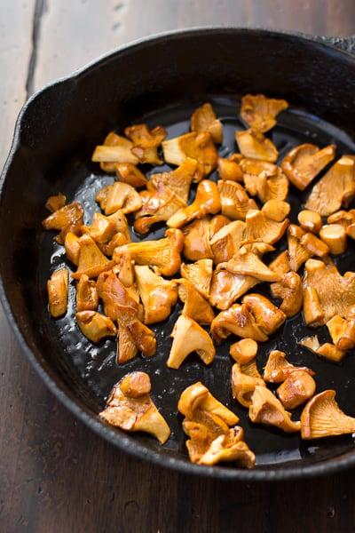 mushrooms in skillet