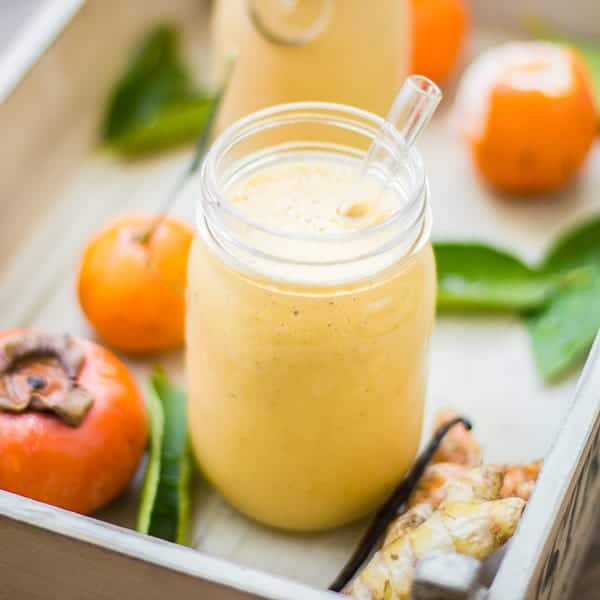 delicious persimmon and Tangerine Smoothie with Vanilla, Ginger and Turmeric