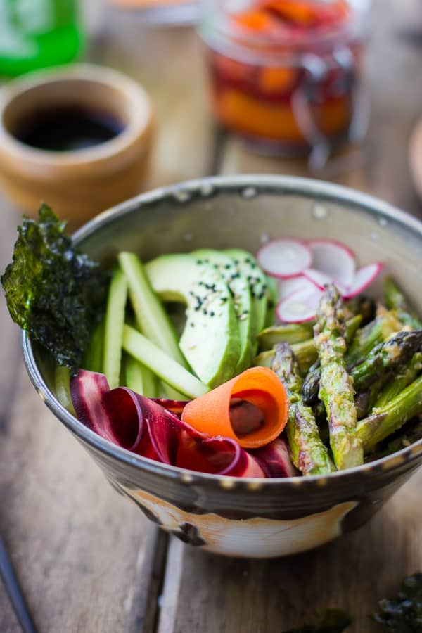 close up of Vegan Sushi Bowl with Miso-Roasted Asparagus and Pickled Carrot