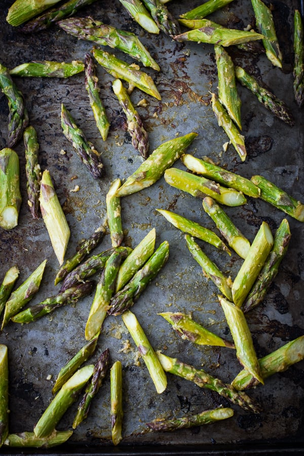 asparagus on baking tray