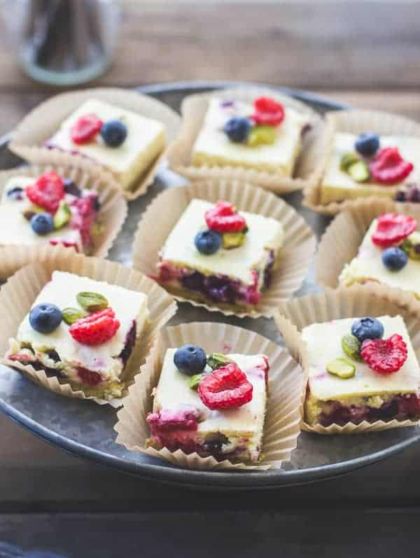 delicious Berry Chèvre Cheesecake Squares