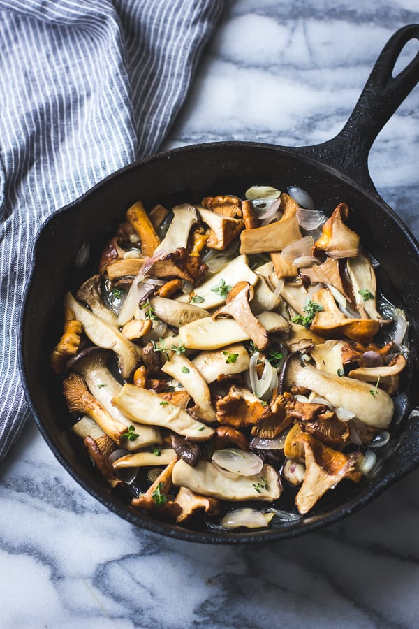 mushroms in pan