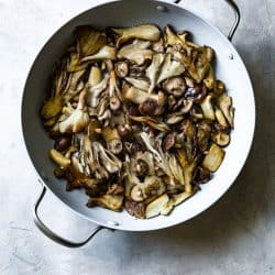 Creamy Grits and Mushrooms